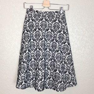 EUC Gianni Bini black/white damask woven skirt